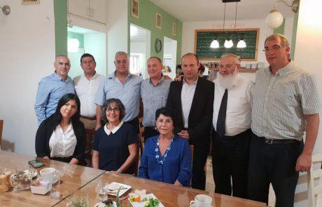 הסכם היסטורי בבית שאן – הבית היהודי ירוץ בבחירות המוניציפליות יד ביד עם ז'קי לוי ומפלגת הליכוד
