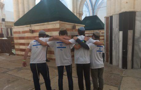 אחרי האיסור – עשרות דגלי ישראל הוכנסו לאולם יצחק