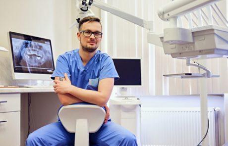 יישור שיניים למבוגרים – האם זה אפשרי?