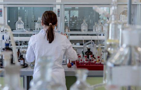 המלצות לרכישת ציוד קירור תעשייתי ומקררים למעבדות